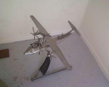 Avion en fer forgé – copie bi-moteur- 70×90 cm
