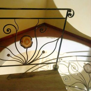 Balustrade-escalier-fer-forge-pierre