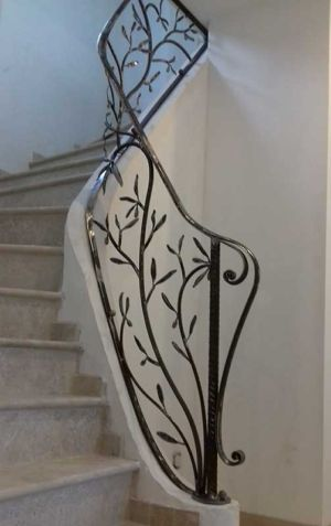Rampe escalier fer forgé en rameau d'olivier, atelier Fer et Matières, Eric Litschky