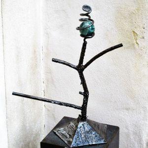 """Sculpture en fer-forgé avec pierre """"Eruption"""""""